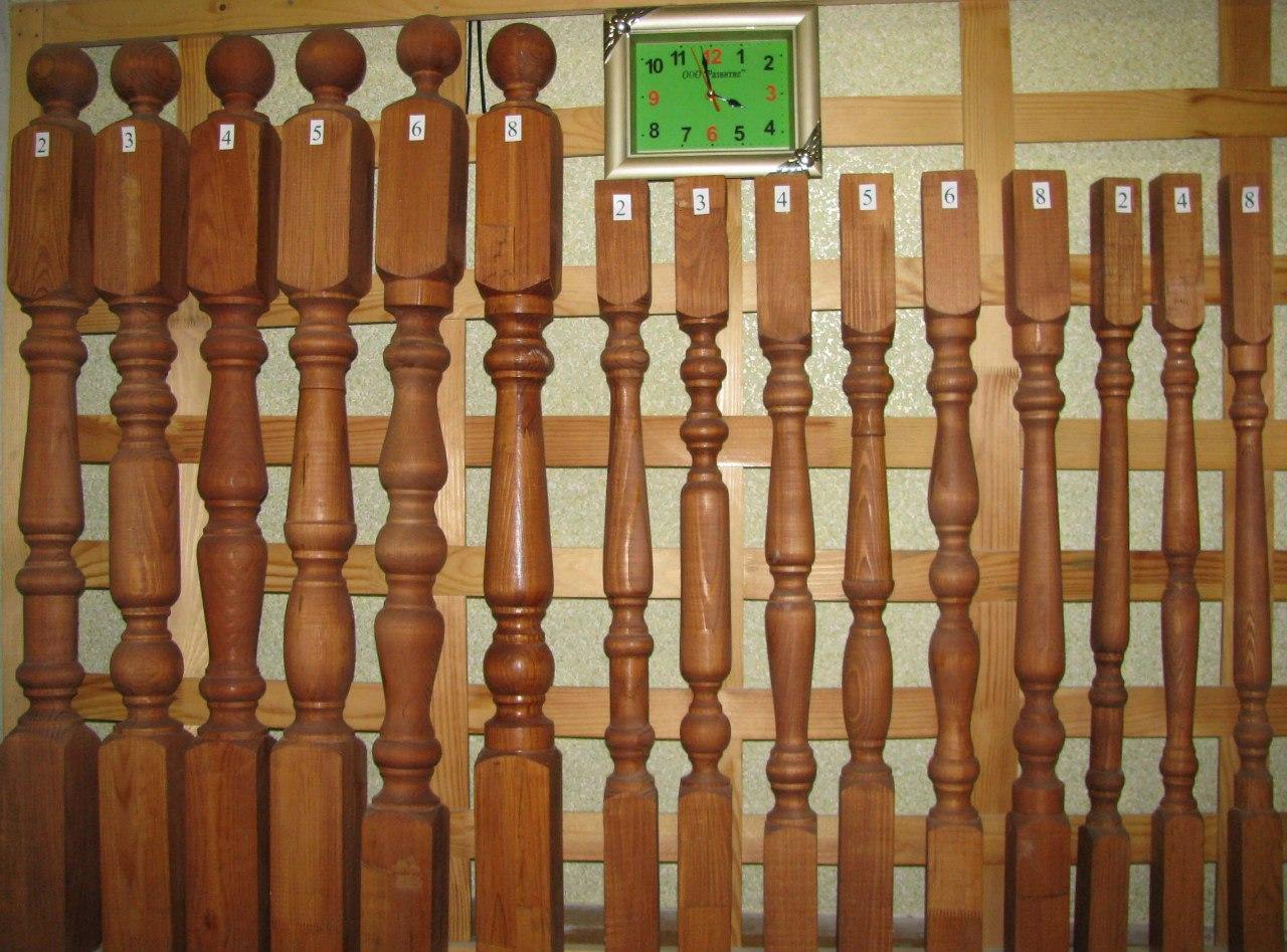 Фигурные столбы из дерева